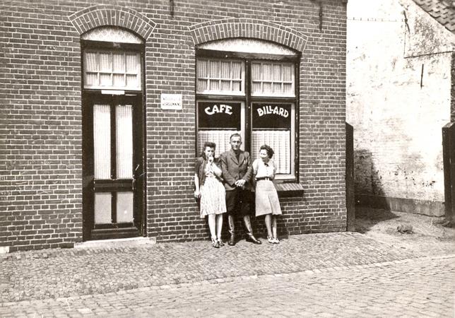 Budelse-drukkerij-Markt-1950-1